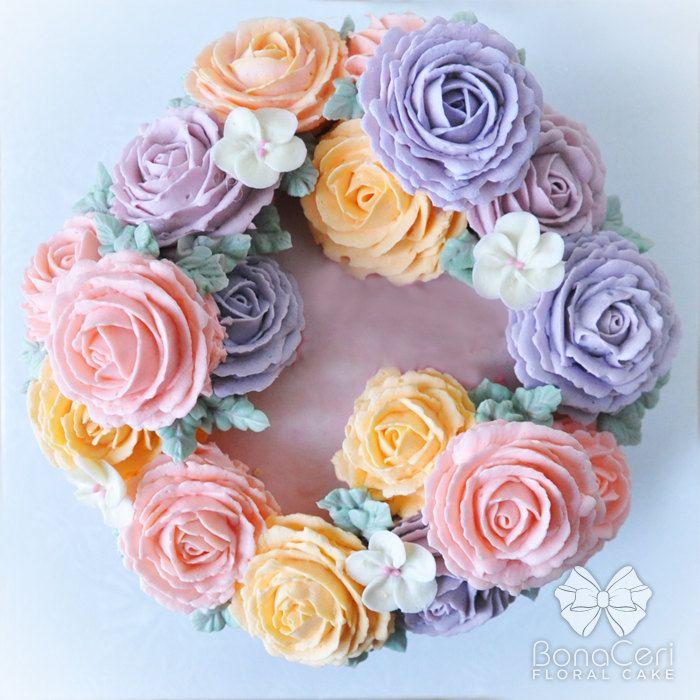 E3ZJVV8kDN8 - Цветочные свадебные торты (70 фото)