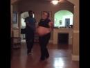 Самый смешной беременный танец!