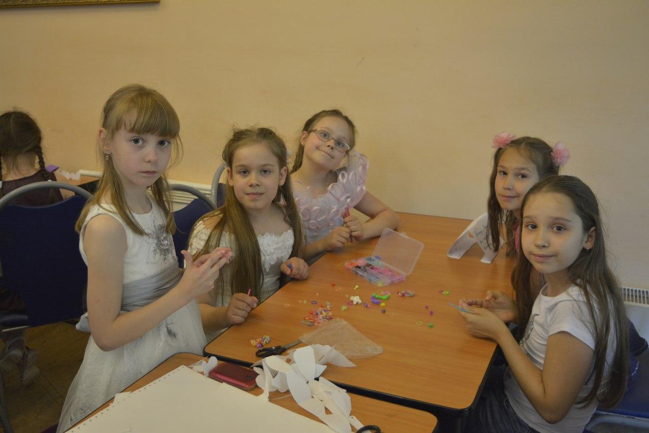 дети участвуют в мастер-классе