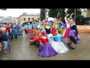 Танцующие под дождем Стиляги.