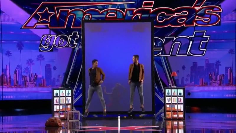 Магические трюки от братьев близнецов Тони и Джордана