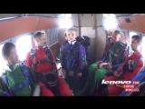 Майское  Мой Ваня прыжок тандем Пацану 6 лет  Сверстники нервно курят в стороне.