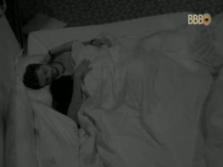 2017_02_23_mally durmiendo con dan