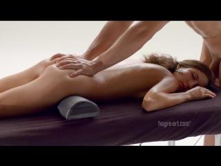 Миниатюрная и страстная Serena L получила удовольствие от массажа. Hegre-Art | Casting, Amateur, подростки, вписка, малолетка,цп