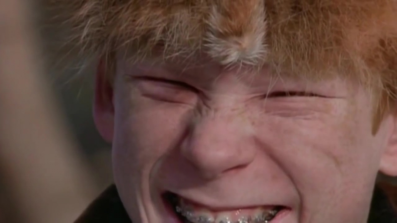 Рождественская История | A Christmas Story (1983) Ральфи выбивает все дерьмо из задиры » Freewka.com - Смотреть онлайн в хорощем качестве