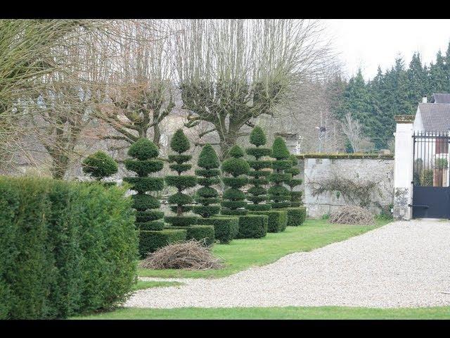 Chateau d`Ambleville. Manoir de Sasnieres. Vallon du Brec. Зачарованные сады