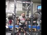 Энтони Харрис, приседания 350 кг