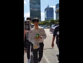 [LQ FANCAM] 170915 `Music Bank` Pre-Recording @ EXO's Suho