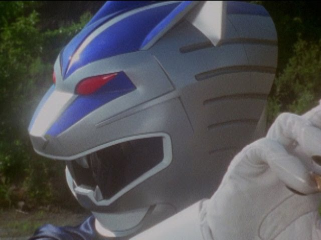 Lunar Wolf Ranger's First Morph and Fight (Power Rangers Wild Force).