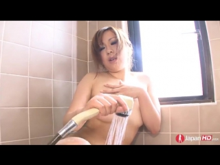 Youporn_-_publicagent shy-japanese-milf-squirting-in-the-tub