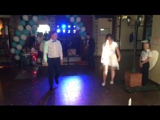 Крутой свадебный танец с сюрпризом