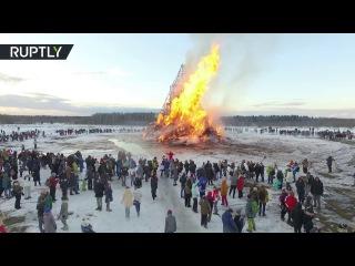 Drone captures massive sculpture burning at Maslenitsa party