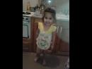 Ализа танцует