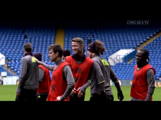 The squad trained at stamford bridge today, with a familiar face watching on! 👀