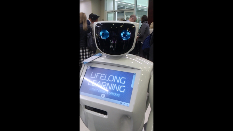 Поболтушки с роботом на Алконе