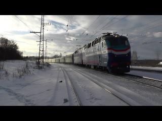 Электровоз ЧС7-063 с поездом № 048 Кишинёв - Москва