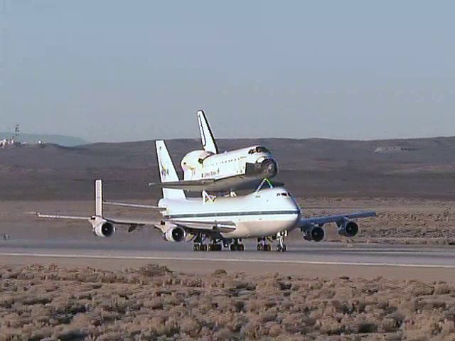 Endeavour Departs Edwards AFB for Ferry Flight Back to Kennedy Space Center