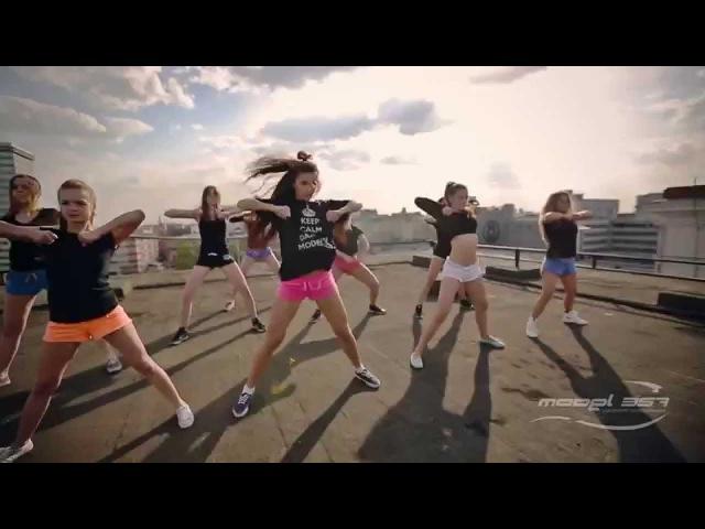 Choreography by Lesya Model 357 Lab