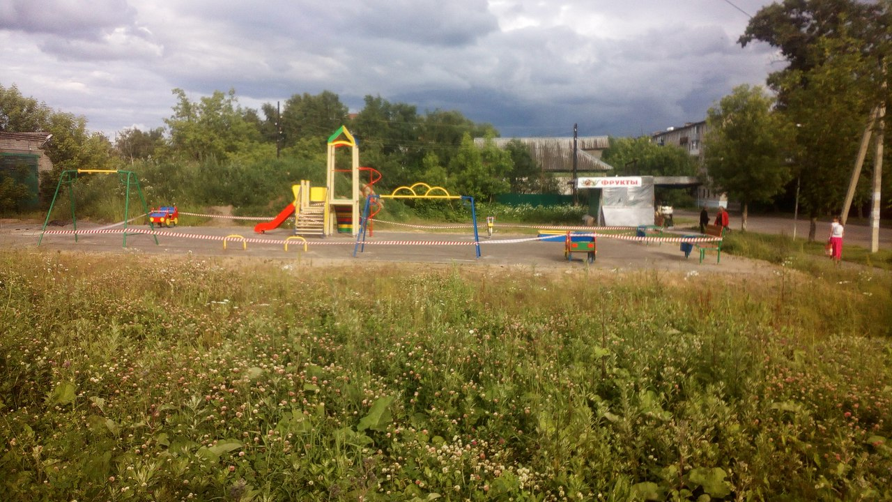 Вместо сквера Увековечения Памяти Кимрских Новомучеников получилась детская площадка
