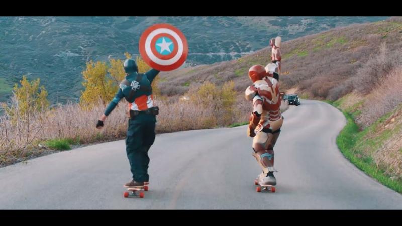 Железный Человек против Капитана Америка: Скейтборд битва/Ironman vs Captain America - Longboard Battle