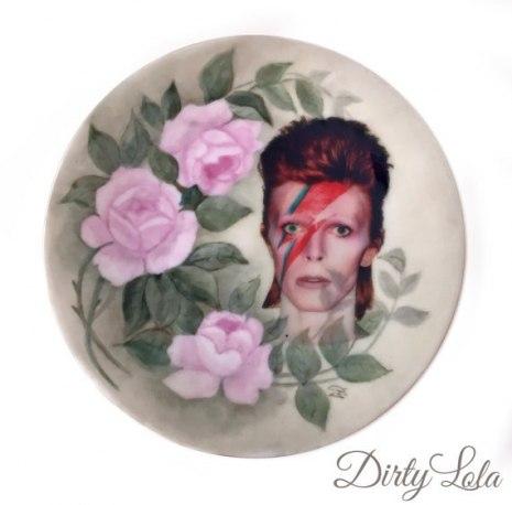 Принты, постеры и тарелки DirtyLola: культ рокеров и кошек