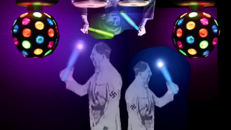 Гитлер танцует