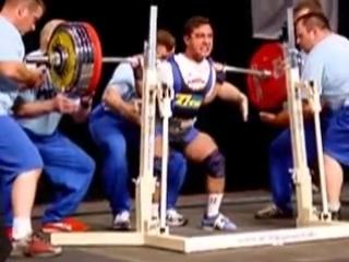 Равиль Казаков приседает 312,5 кг