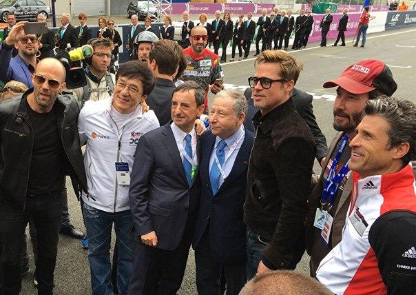Слишком много крутых парней на одном фото.