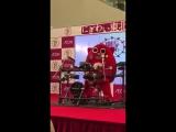 Японский талисман играет дэт метал кавер на детскую песенку