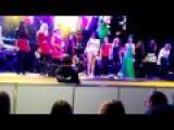 Natalia Oreiro .Nasha Natasha Tour . Con fans 22.11.2014 ( KRASNOYARSK - Rusia)