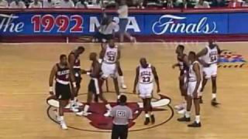 NBA Finals 1992 Game 1 - Chicago Bulls vs Portland Trail Brazers
