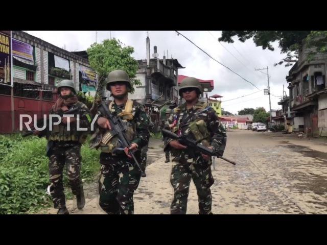 Филиппины: Филиппинские солдаты продолжают охоту за Маутом в Марави.
