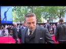 2017_май, 10: Лондон - King Arthur: Charlie Hunnam's livid he wasn't the most handsome man on set!