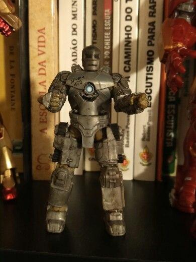 Action фигурка Iron Man Mk1
