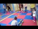 Танцы и гимнастика для малышей 2 👶 В группе можно заниматься вместесмамой и без мамы тоже 😍 . Расписание на Дубравной Вт 11