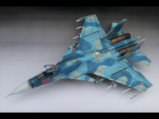 Trumpeter 1/72 Scale Sukhoi SU (Cy) 33 Sea Flanker D - Paint