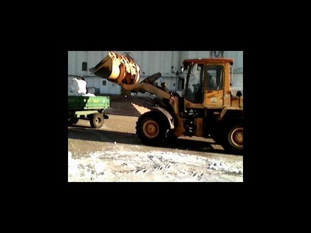 Погрузка снега, Амкадор 332С4, МТЗ 92П2ПТС-6