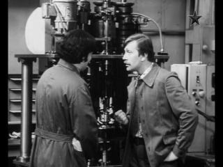 Рождённая революцией (1974-1977) 9 серия – исторический, приключенческий сериал.