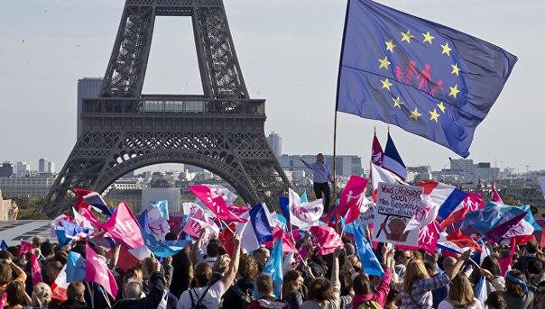 """The Guardian: 2017 год грозит Европе политическим """"апокалипсисом"""""""