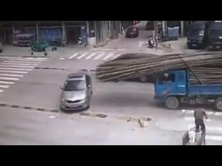 Bamboo fly off the truck in car