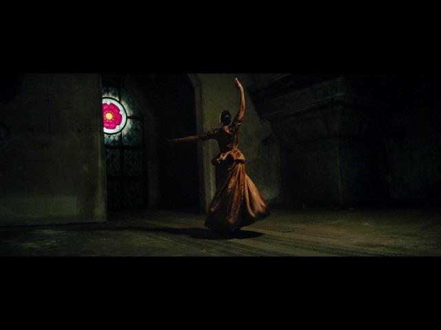Alt-J - Deadcrush (Official Video)