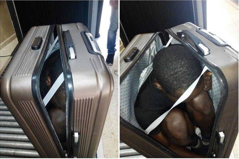 На испанской границе женщину задержали за перевозку африканца в чемодане