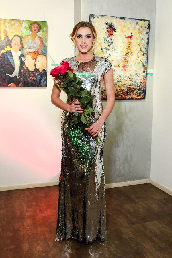 В Киеве работает выставка ярких картин ART-VOYAGE!
