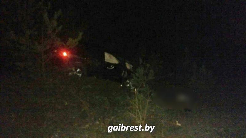 В ДТП погиб непристегнутый пассажир. За рулем находился пьяный бесправник