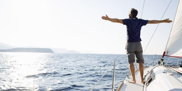 В жизни следует ставить перед собой две цели. Первая цель – осуществле