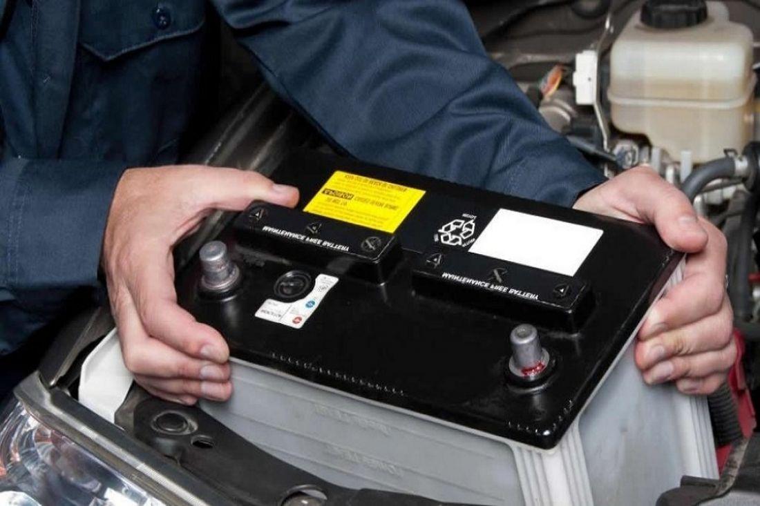 В Таганроге опера угрозыска задержали рецидивиста, укравшего аккумулятор из авто