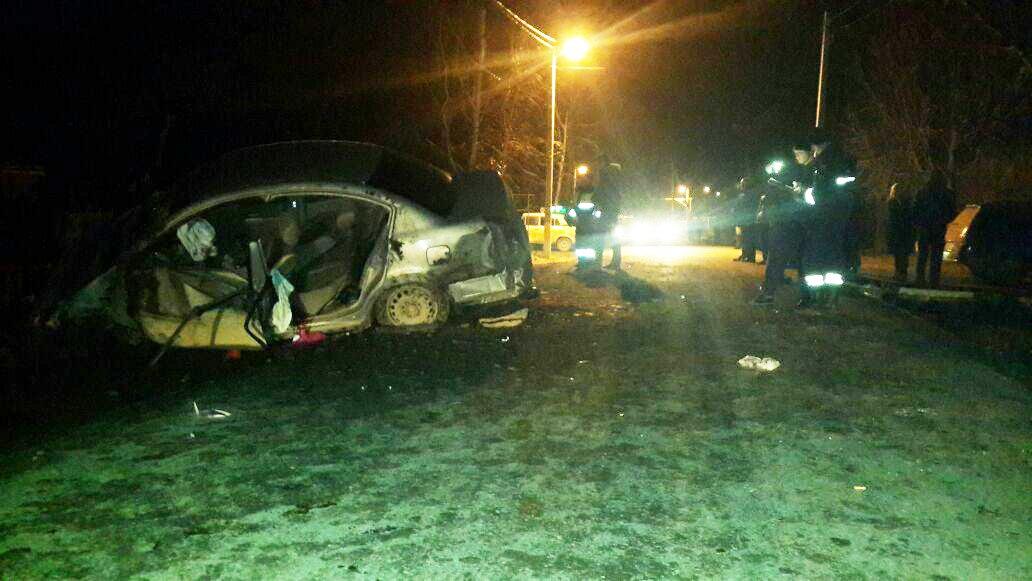 Под Таганрогом в Николаевке произошло трагическое ДТП, трое пострадавших, один погибший