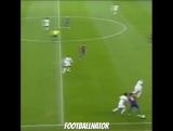 Роналдиньо издевательски возит игроков «Реала»