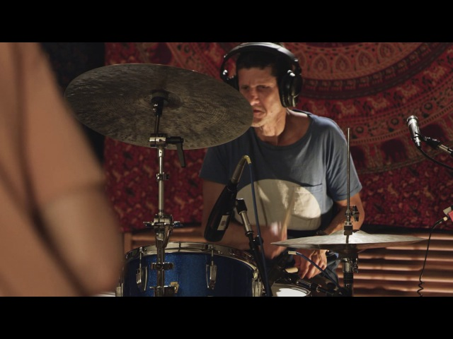 BADBADNOTGOOD performs 'Coffee Cold' on The Echo Chamber with Mike D [Preview] | Apple Music