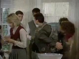 Школа стюардесс (1986) (перевод Михалёва)